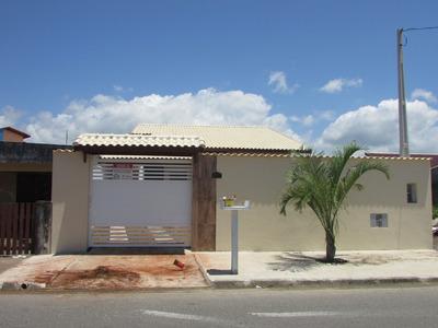 622- Belíssima Casa Com Piscina Á 300 Mts Da Praia.