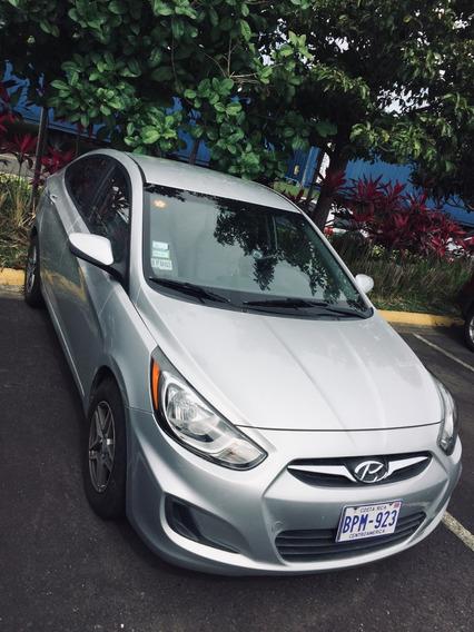 Hyundai Accent, 2014, Excelente Estado