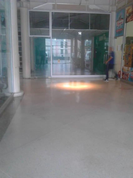 Se Alquila Local Comercial Av, Bolivar- La Plata Valera