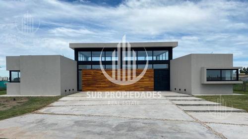 Casa - 5amb- Estilo Minimalista - Una Planta- Pileta - Fincas Del Alba  - Canning