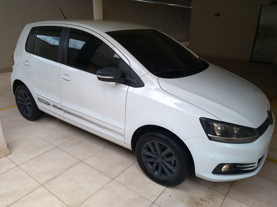 Volkswagen Fox 1.6 Connect Total Flex 5p 2018