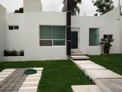 Casa Sola En Venta Lomas De Cortes