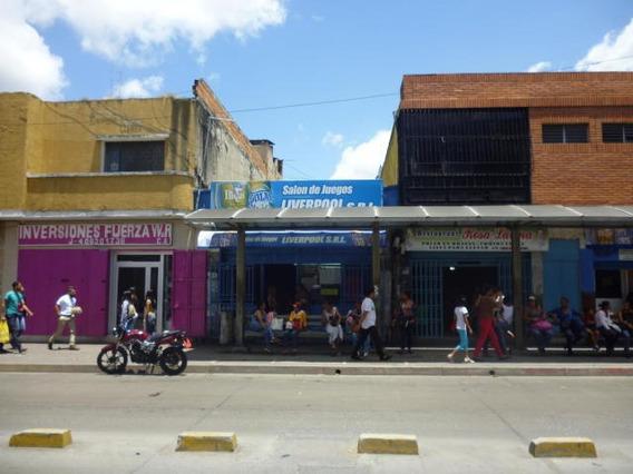 Locales En Venta, En Barquisimeto Codigo 19-10522 Rahco
