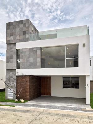 Venta Casa 5 Recamaras Parque Yucatan Lomas De Angelopolis