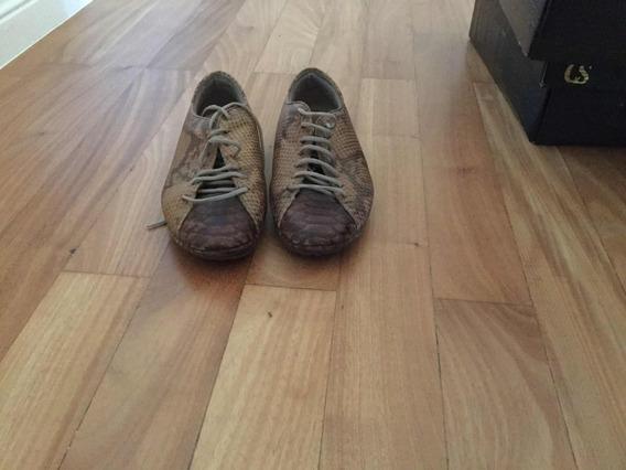 Zapatillas De Cuero, Marca Prüne, Talle 35.