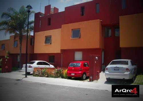 Casa En Renta Avenida Peñuelas, Peñuelas