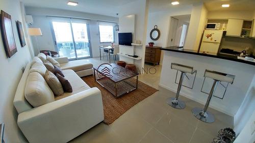 Moderno Departamento 2 Dormitorios Y Medio- Ref: 2697