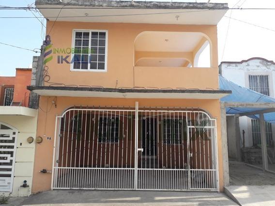Renta Casa 2 Habitaciones Col. Bella Vista Poza Rica Veracruz. Ubicada En La Calle Maria Victoria, Consta De 2 Plantas, En Planta Baja Consta De Sala Comedor, Cocina, Recibidor Garaje Y Un Medio Baño