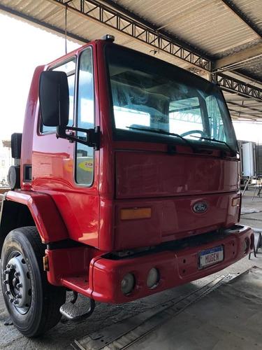 Ford Cargo 1517 E - 2004 - Mugen Caminhoes
