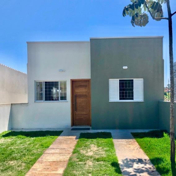 Casa Com Terreno De 300 M² Em Guararema - Nova