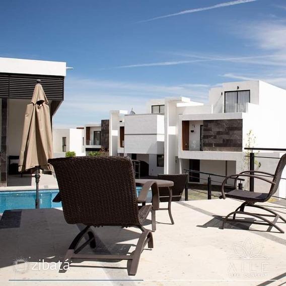 Casa Con Roof Garden En Condominio De Solo 37 Hogares. Aile