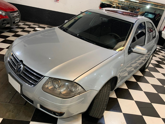 Volkswagen Bora 2.0 Trendline 2012 Financio Permuto Cuotas