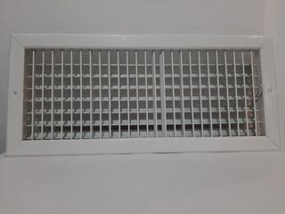 Rejilla De Inyección Con Control Tipo Persiana 20x8