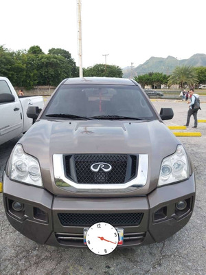 Chery Tiuna X5. Luxury