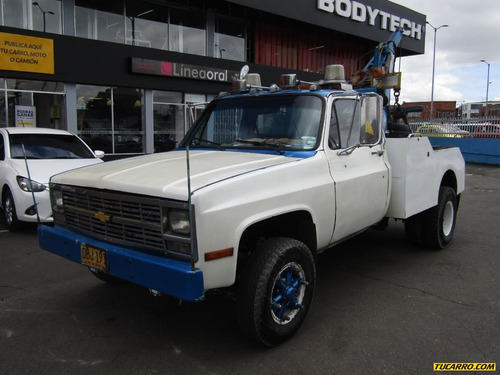 Grúas Chevrolet C30