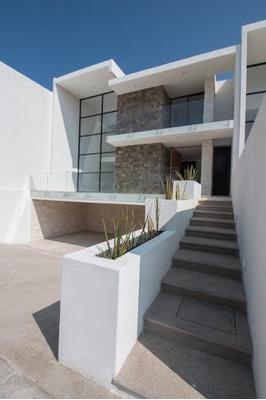 Residencia En Cumbres Del Lago, Jardín, 4 Recs, Cto Serv..