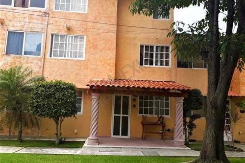 Casa En Condominio Pedregal De Las Fuentes, Morelos