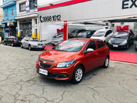 Chevrolet Onix 1.0 Lollapalooza Completo 2014