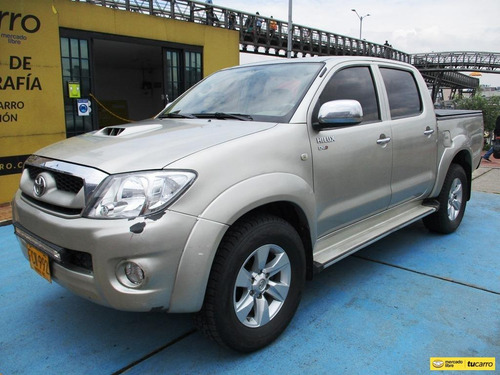 Toyota Hilux 3000cc At Aa