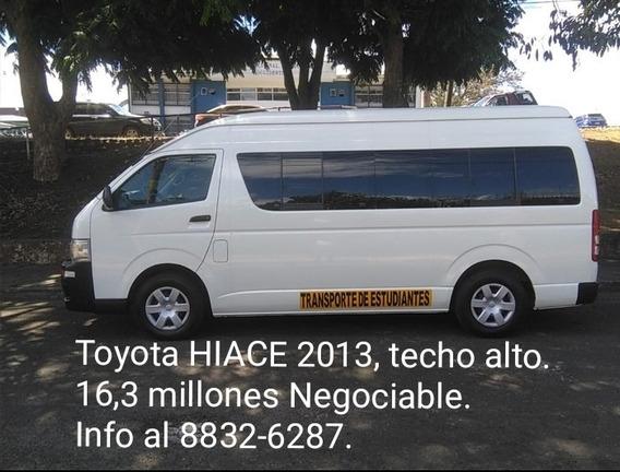 Toyota Hiace 2013 Microbús