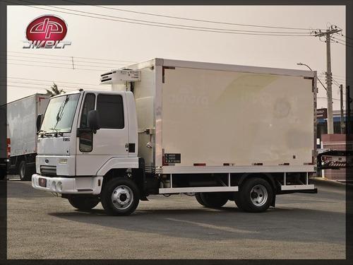 Imagem 1 de 15 de Caminhão Ford Cargo 816 Baú Refrigerado