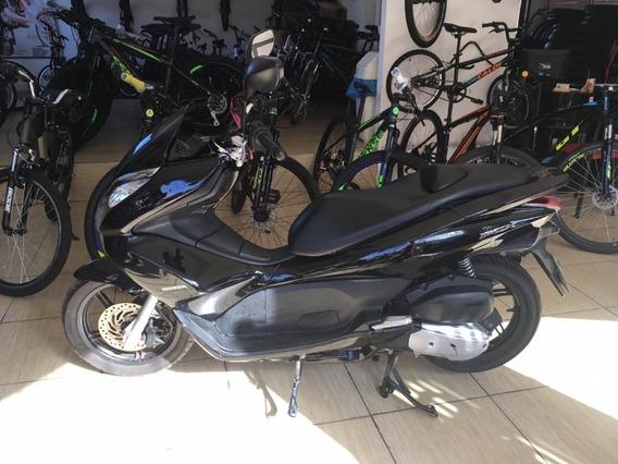 Honda Pcx 151 Scooters Preta Cod:.1011