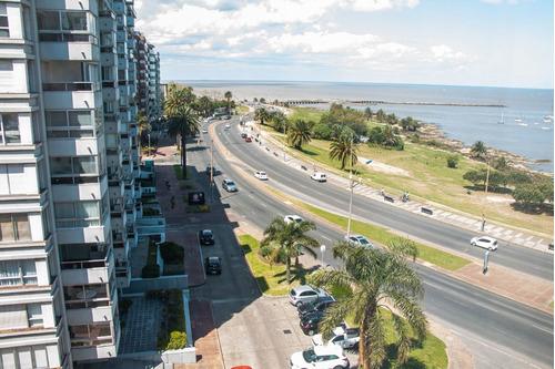 Apartamento En Alquiler De 4 Dormitorios  En Puerto Del Buceo