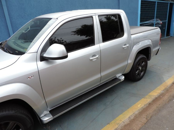 Amarok 2.0 Trendline Diesel 4x4 Automática