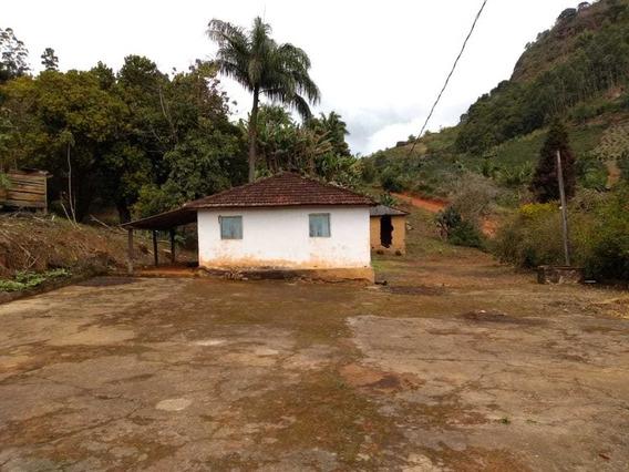 Sítio Na Zona Rural De Muniz Es