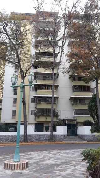Alquiler De Habitación En Macaracuay Para Dama