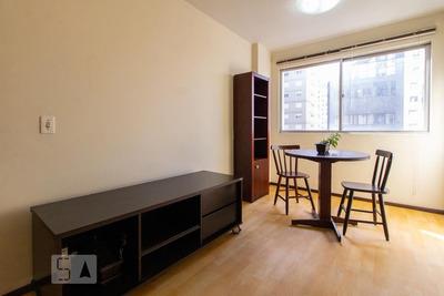 Apartamento No 6º Andar Mobiliado Com 1 Dormitório - Id: 892915424 - 215424