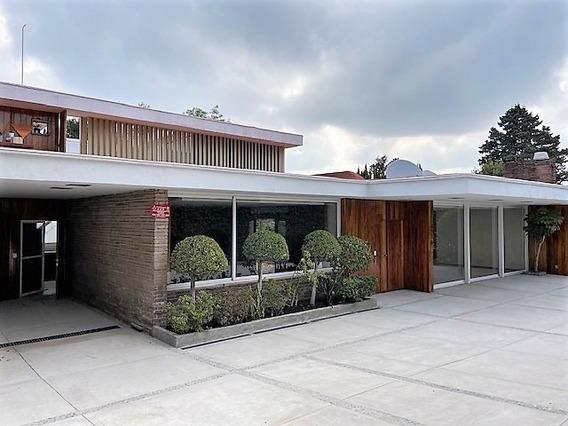 Casa Recién Remodelada Con Hermoso Jardín En En Lomas De Chapultepec