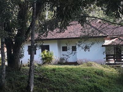 Chacara Casa Com 6 Dormitorios