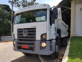 Volkswagem 31-320 6x4 Ano 2010/2011