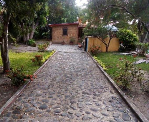 Casa Comercial En Ticumán / Tlaltizapán De Zapata - Cwm-366-cc