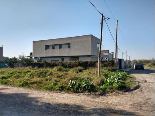 Imagen 1 de 8 de Terreno Venta 11 X 40 -440 Mts 2- Villa Castells