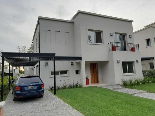 Casa En Venta En Barrio  La Candelaria  Bella Vista, Bs As