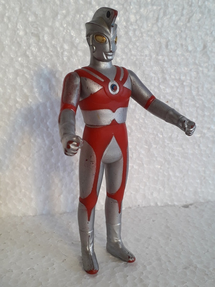 Boneco Ultraman Bandai 1972 Ultra 500 China Toys143