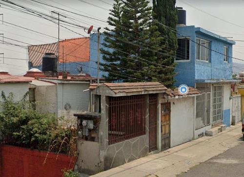 Imagen 1 de 8 de Venta De Casa En Atizapan Ic