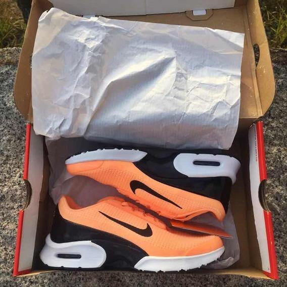 Tênis Nike Jewell Orange