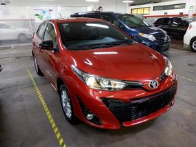 Toyota Yaris 1.5 5p S At Cvt Nuevo Color Rojo