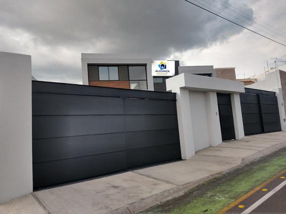 Hermosa Casa Nueva Con Exclusivo Diseño Y Excelente Ubicación En Juriquilla (at)