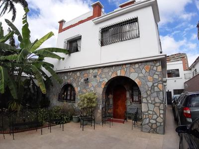 Casa En Venta En Caracas Urbanización El Paraíso Rent A House Tubieninmuebles Mls 20-4105