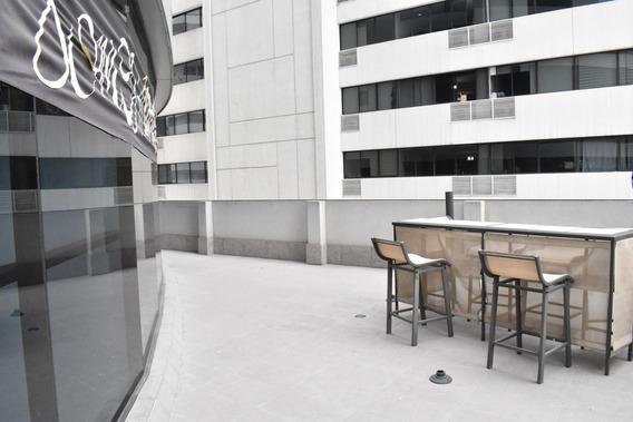 3 Oficinas En El Edificio Emporium En El Puerto Santa Ana
