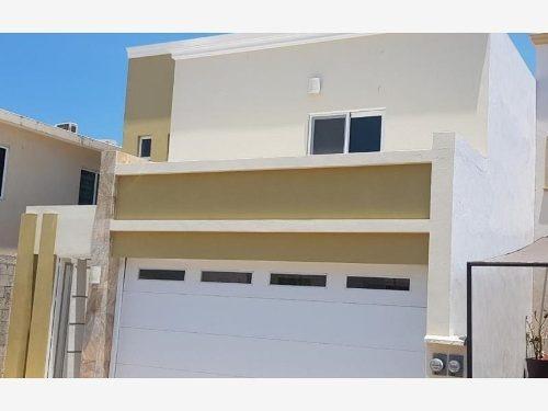 Casa En Venta En Privanzas Residencial A Solo 3 Km De La Playa