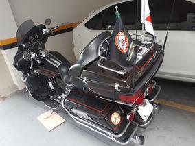 Harley Davidson Flhtcu