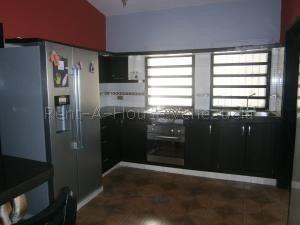 Casa En Venta Trigal Norte,valencia Cod 20-8404 Ddr
