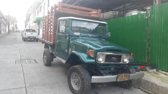 Camioneta De Estacas Toyota Fj40