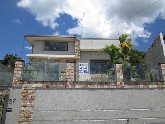 Excelente Casa Santa Barbara - 2487