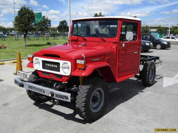 Toyota Land Cruiser 4×4